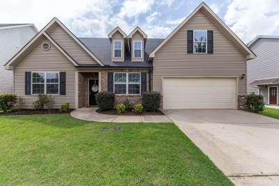 Perry Single Family Home For Sale: 307 Rippling Water Way