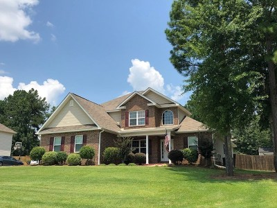 Bonaire Single Family Home For Sale: 212 Olde Hickory Circle