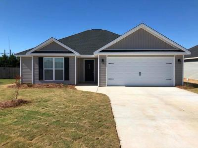 Single Family Home For Sale: 102 Tahoe Lane