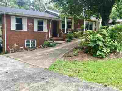 Macon Single Family Home For Sale: 411 Overlook Road