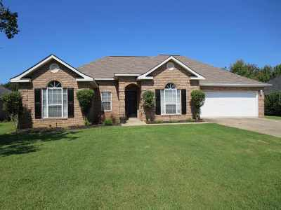 Warner Robins Single Family Home For Sale: 1225 Willow Bend