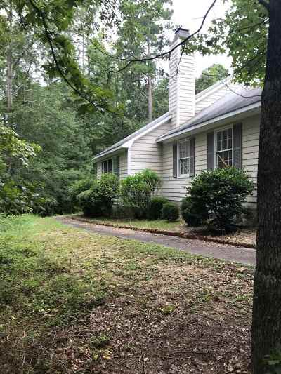 Macon Single Family Home For Sale: 6871 Moseley Dixon Road
