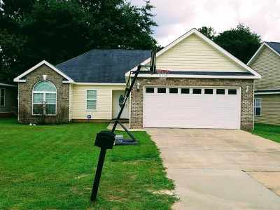 Warner Robins Single Family Home For Sale: 315 Hidden Creek Circle