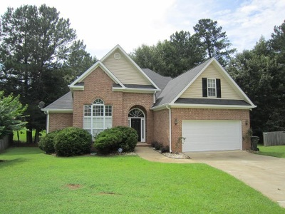 Macon Single Family Home For Sale: 409 Amberly Court