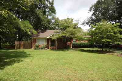 Warner Robins Single Family Home For Sale: 323 Woodland