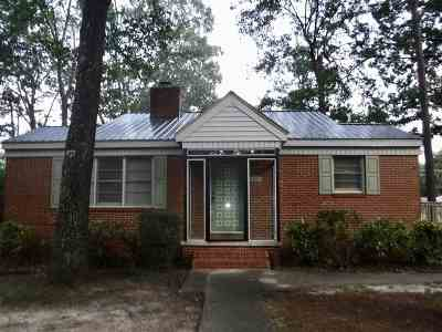 Warner Robins Single Family Home For Sale: 259 Peachtree Cir