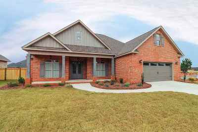 Kathleen Single Family Home For Sale: 202 Bobtail Run