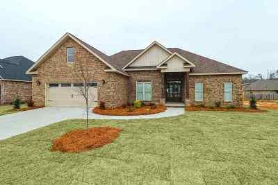 Kathleen Single Family Home For Sale: 205 Bobtail Run