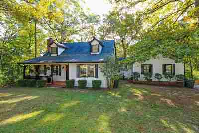 Macon Single Family Home For Sale: 3350 Rosa Drive