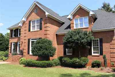 Macon Single Family Home For Sale: 111 Witman Way
