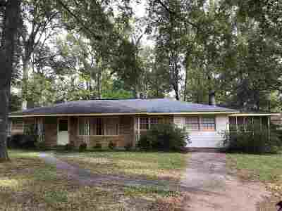 Perry Single Family Home For Sale: 908 Godfrey Place