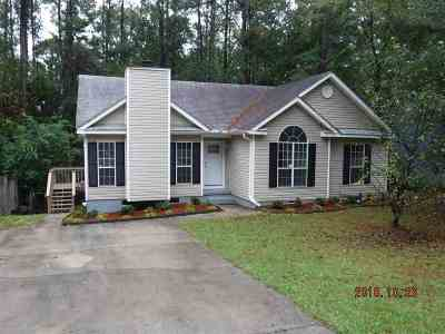 Macon Single Family Home For Sale: 542 Loblolly Lane
