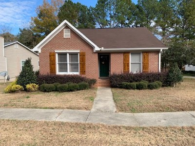 Macon Single Family Home For Sale: 154 Manor Row