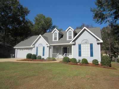 Perry Single Family Home For Sale: 308 Shane Circle