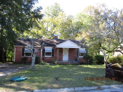 Macon Single Family Home For Sale: 3320 Guthrie Drive