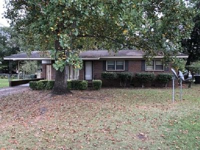 Single Family Home Verbal Agreement: 311 E Imperial Circle