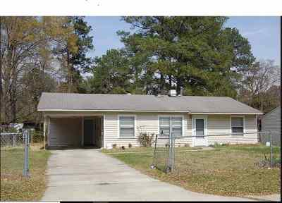 Warner Robins Single Family Home For Sale: 144 Frances Street