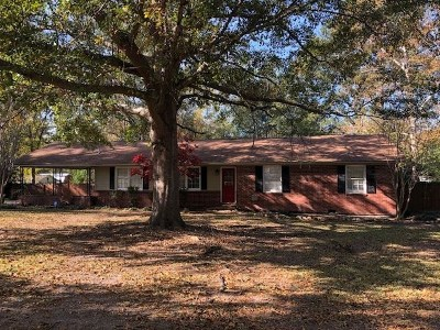 Macon Single Family Home For Sale: 6415 Gibson Road
