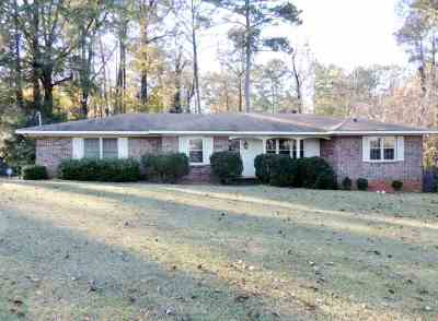 Macon Single Family Home For Sale: 4029 Winding Way