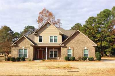 Perry Single Family Home For Sale: 215 Idle Pines Drive