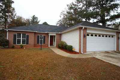 Bonaire Single Family Home For Sale: 102 Lupine Way