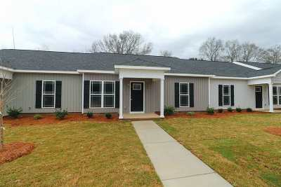 Perry Single Family Home For Sale: 310 Grayton Way