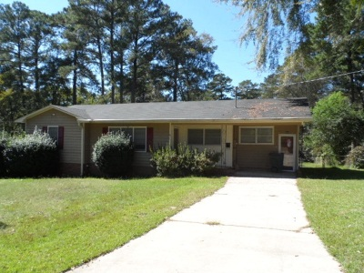 Macon Single Family Home For Sale: 564 Janice Place