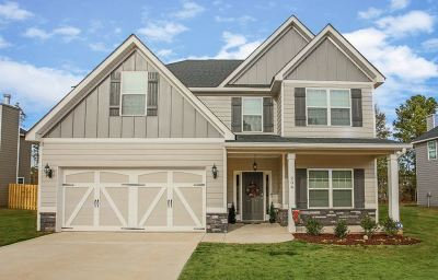 Single Family Home For Sale: 204 Wild Fire Way