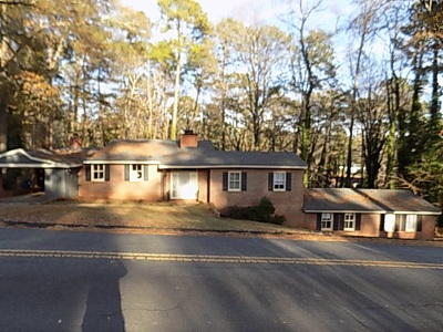 Macon Single Family Home For Sale: 1565 Briarcliff Road