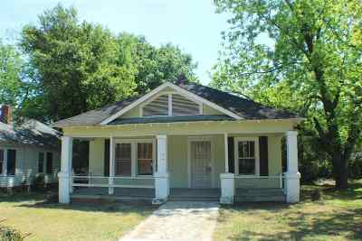Macon Single Family Home For Sale: 580 Villa Crest Avenue