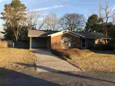 Perry Single Family Home For Sale: 2210 Marshallville Road