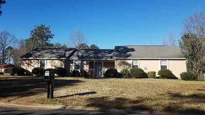 Warner Robins Single Family Home For Sale: 301 Northlake Drive