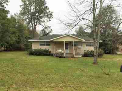 Rental For Rent: 600 Pine Ridge Drive