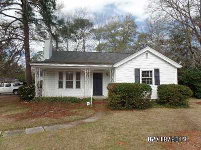 Single Family Home For Sale: 1401 Swift Street
