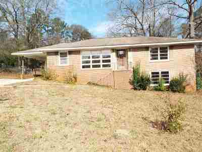 Macon Single Family Home For Sale: 2943 Southshore Drive