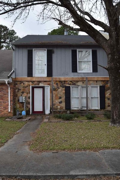 Macon Single Family Home For Sale: 114 N Springs Ct