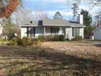 Single Family Home For Sale: 1556 Greentree Parkway