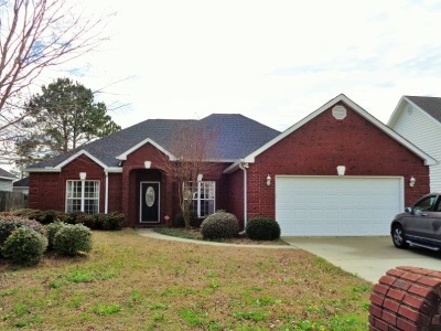 Single Family Home For Sale: 105 Emberly Lane