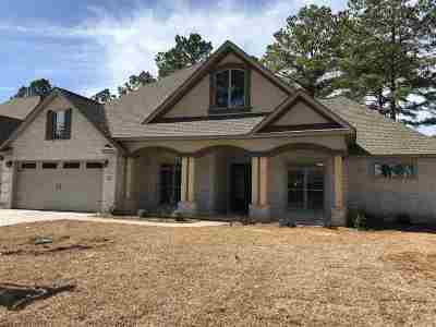 Kathleen Single Family Home For Sale: 128 Hawks Nest Drive