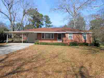 Macon Single Family Home For Sale: 1565 Colonial Drive