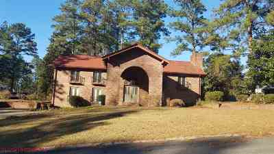 Warner Robins Single Family Home For Sale: 202 Lake Front Drive