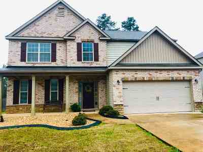 Single Family Home For Sale: 203 Baxter Drive