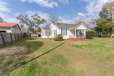 Hawkinsville GA Single Family Home For Sale: $85,000