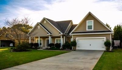 Kathleen Single Family Home For Sale: 111 Little Eagle Court