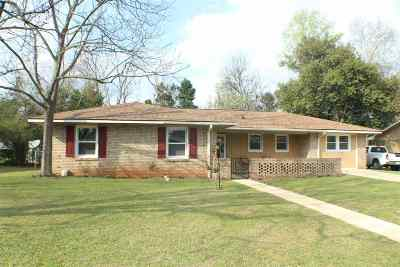 Warner Robins Single Family Home For Sale: 124 Avalon Drive