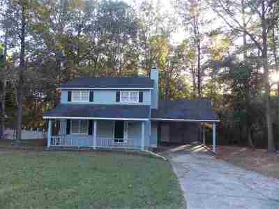 Macon Single Family Home For Sale: 641 Friar Tuck Lane