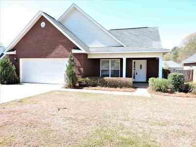 Centerville Single Family Home For Sale: 106 Jeannette Place
