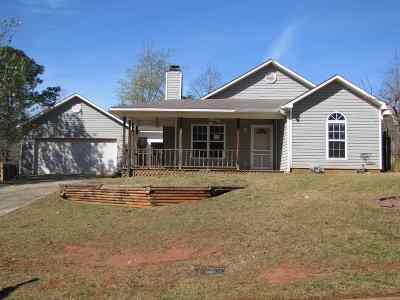Warner Robins Single Family Home For Sale: 106 Saddlebrook Drive