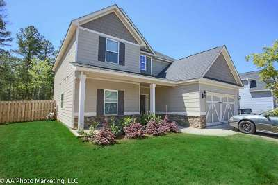 Single Family Home For Sale: 311 Dog Fennel Lane