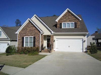 Macon Single Family Home For Sale: 323 Carillon Lane